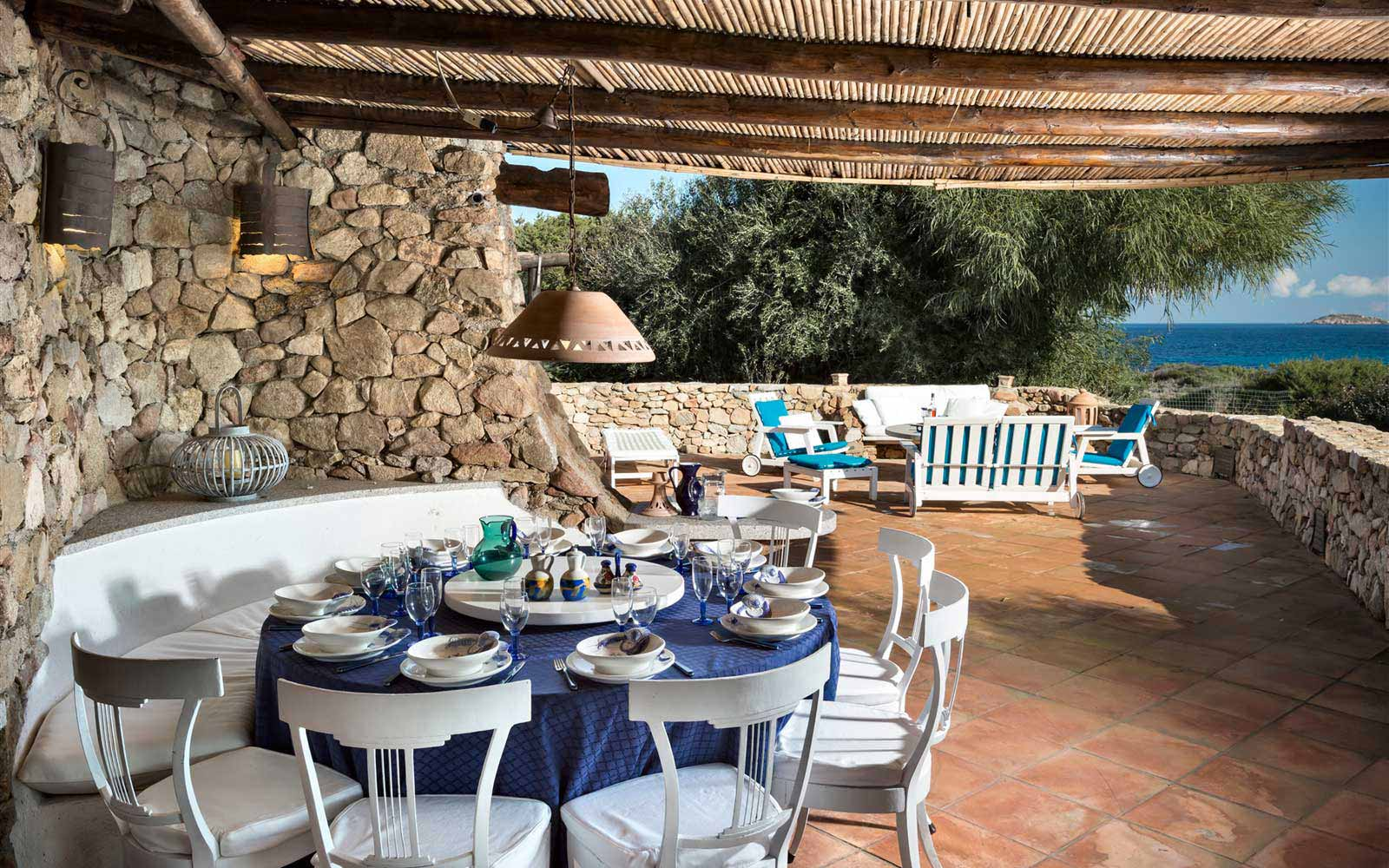 External dining area at Villa Stella del Nord