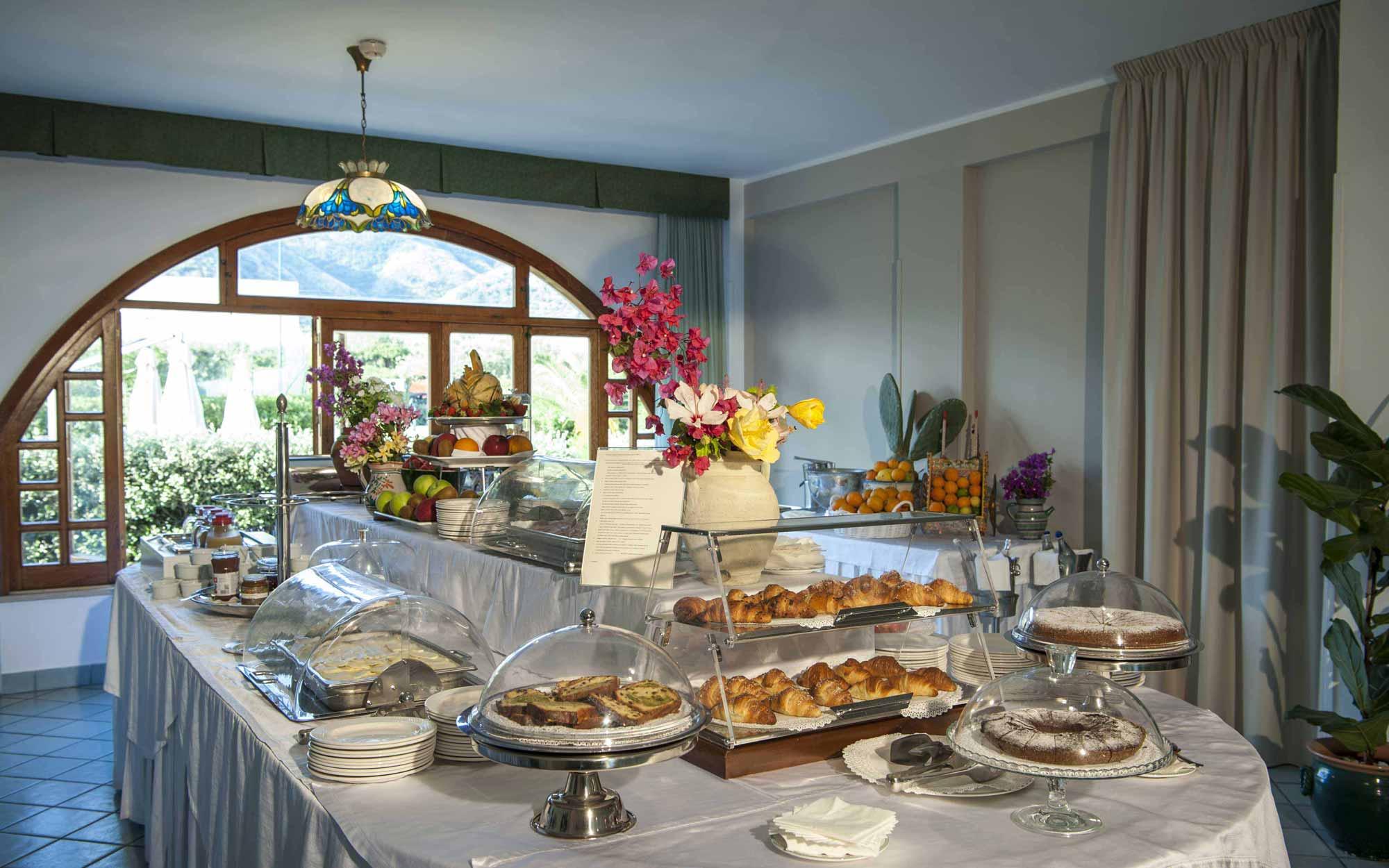 Breakfast Buffet at Baia del Capitano