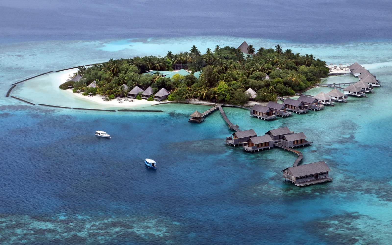 Gangehi Island Resort & Spa