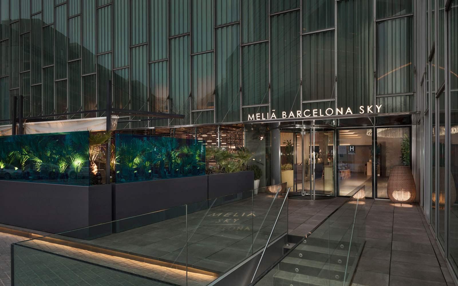 Melia Sky Barcelona - Entrance