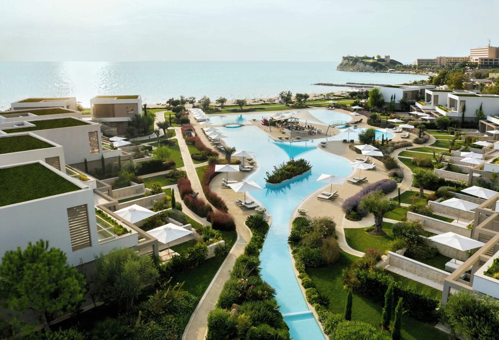 Sani Dunes, Sani Resort