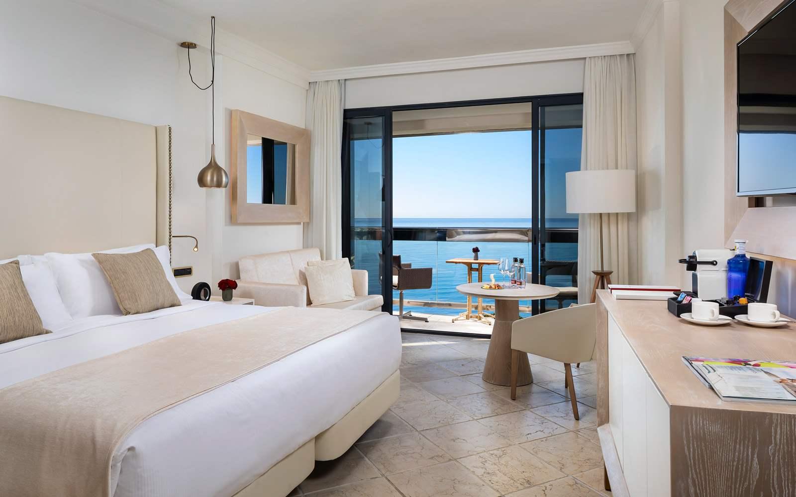 Hotel Gran Melia Don Pepe - RedLevel Supreme Room