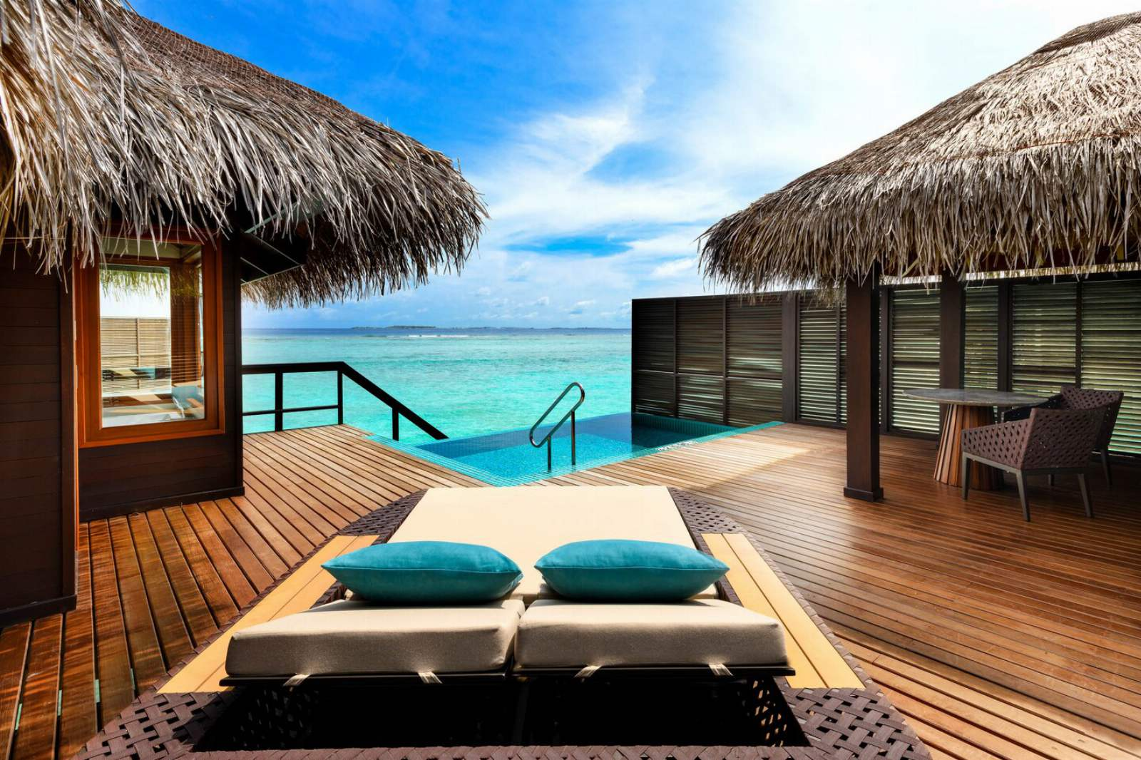 Sheraton Maldives Full Moon Resort & Spa Water Villa