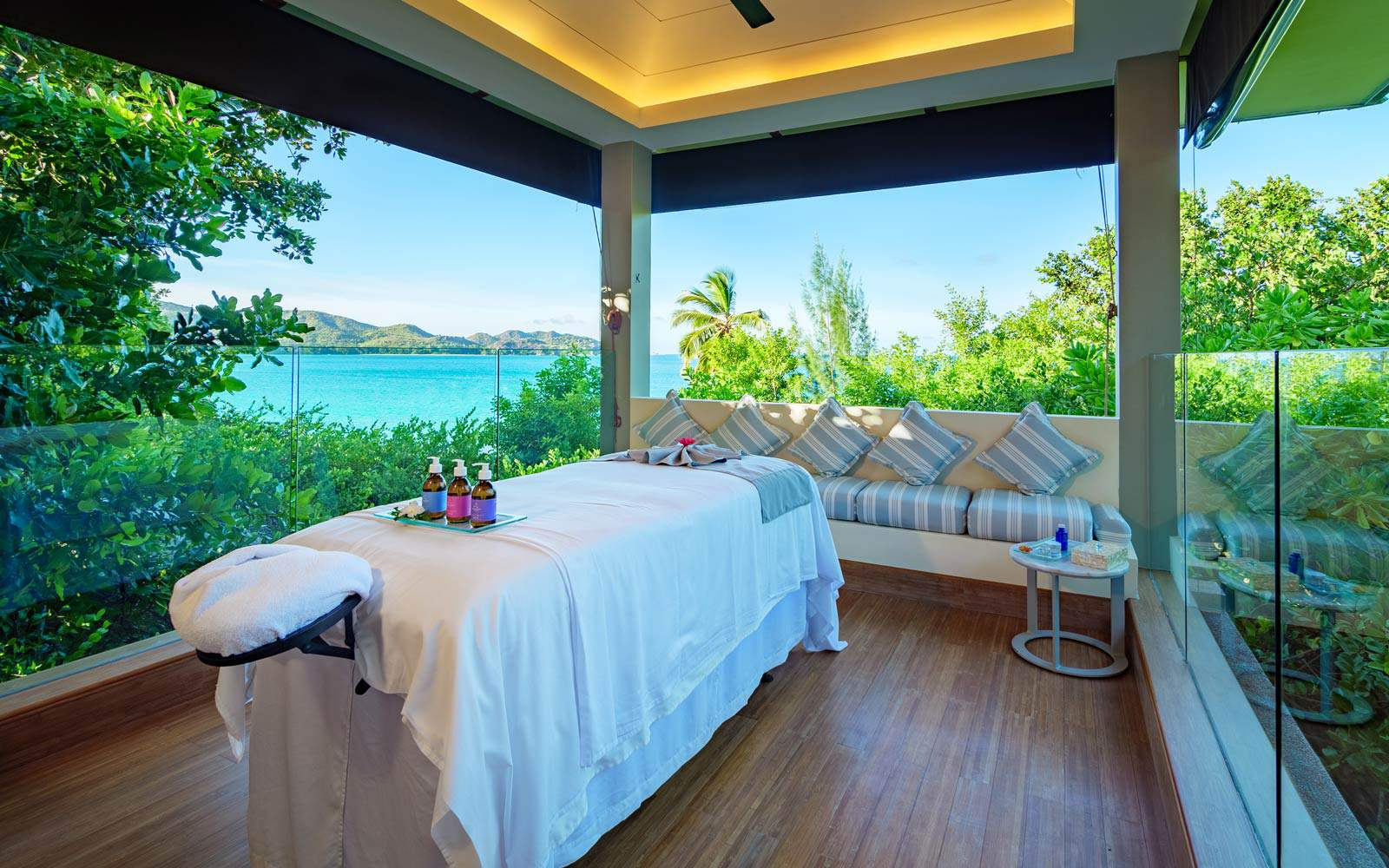 Raffles Praslin Outdoor SPA