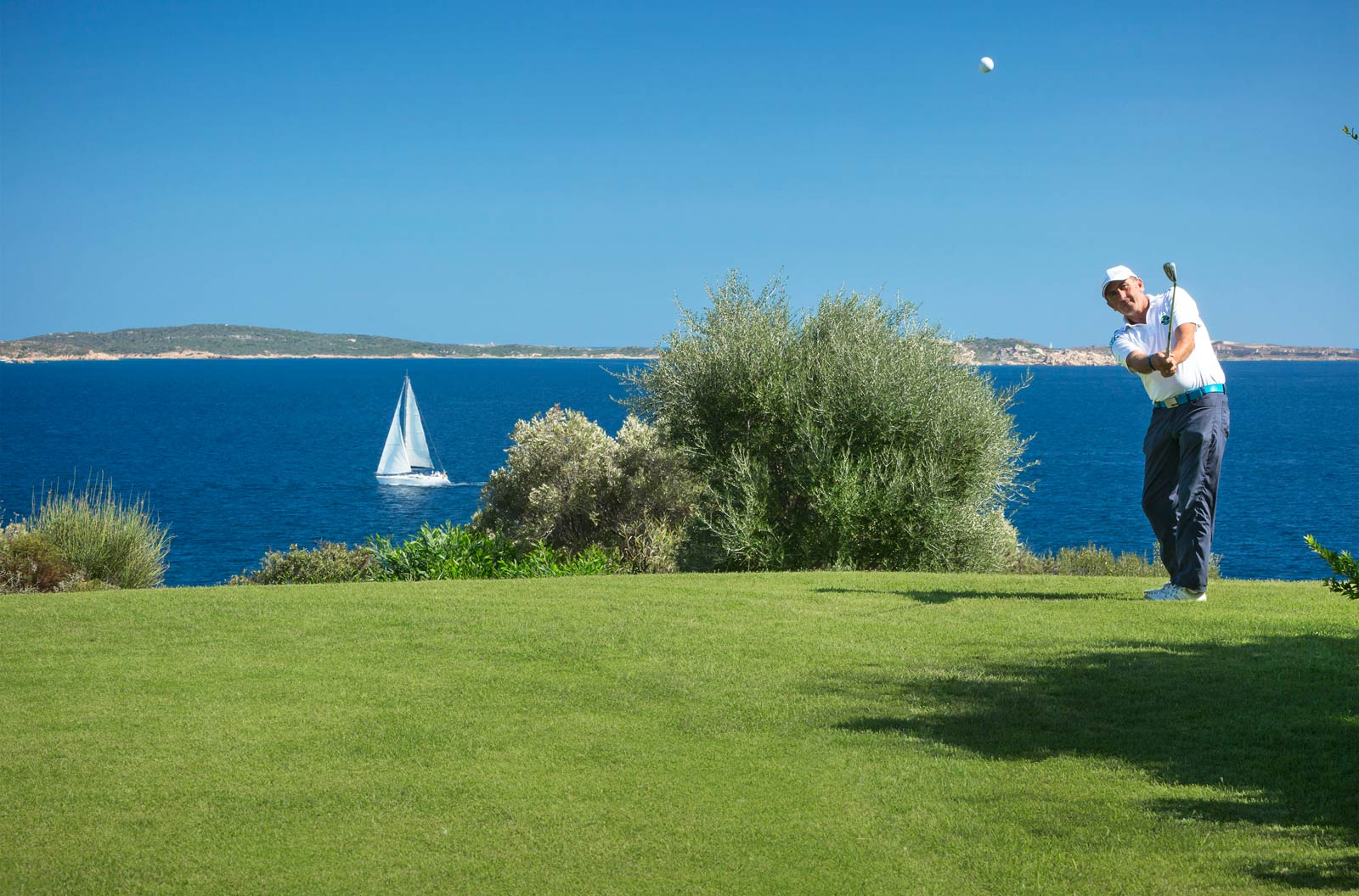 Golfing at Hotel Capo D'Orso Thalasso & Spa