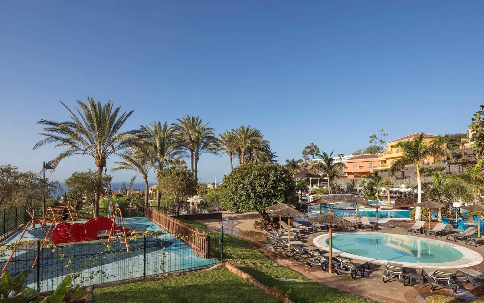 Melia Jardines del Teide - Children's playground & pool