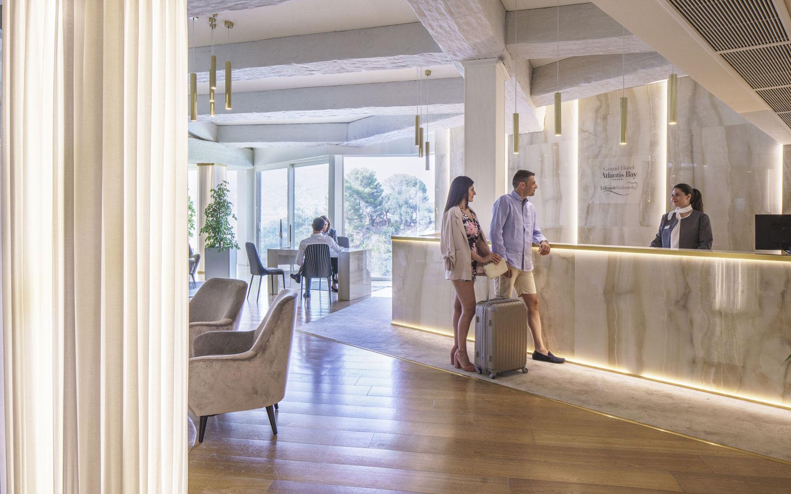 Reception at Grand Hotel Atlantis Bay
