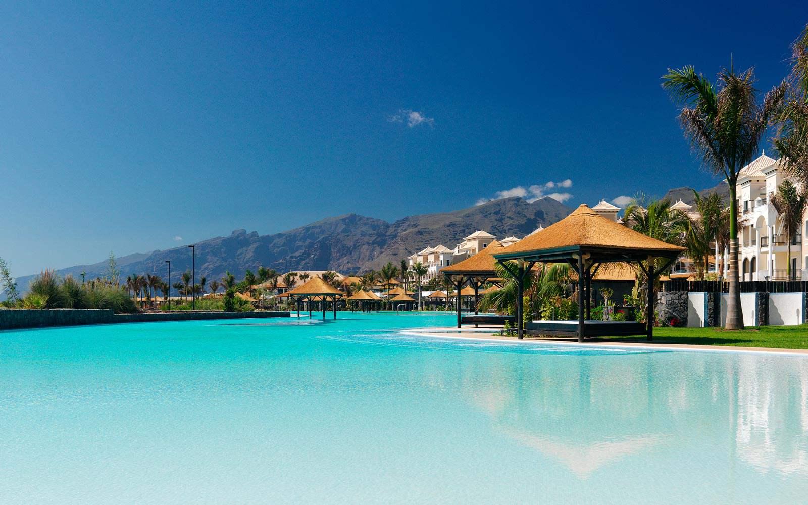 Gran Melia Palacio De Isora - infinity pool