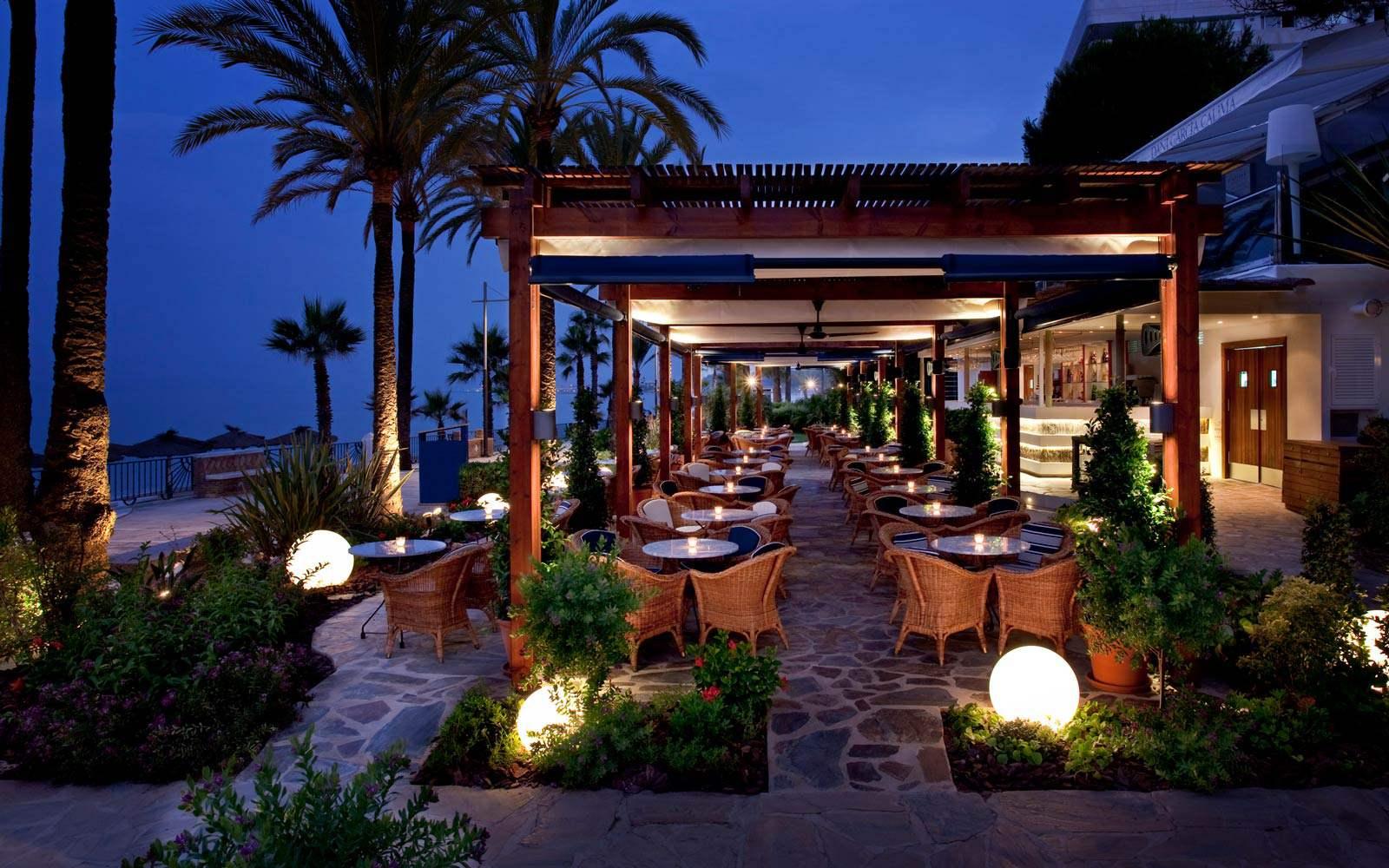 Hotel Gran Melia Don Pepe Cappuccino restaurant