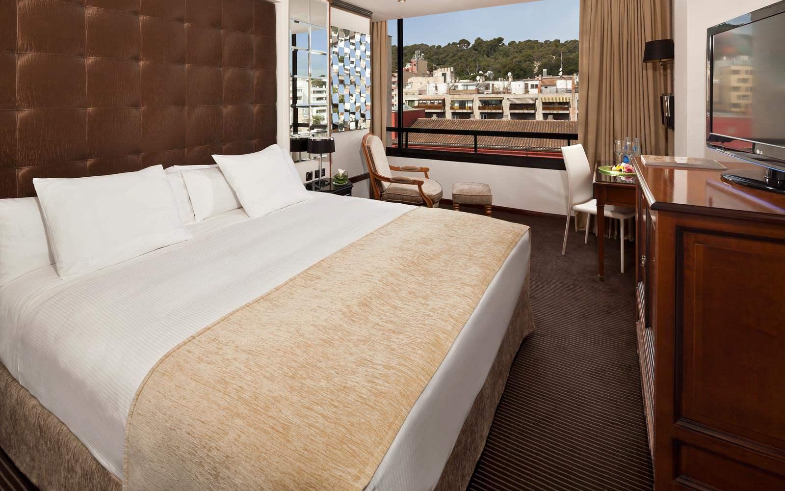 Gran Melia Victoria - classic room