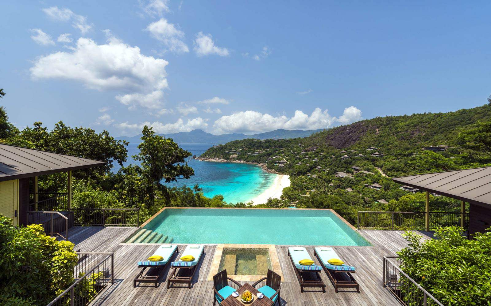 Four Seasons Seychelles - Hilltop Ocean View Suite
