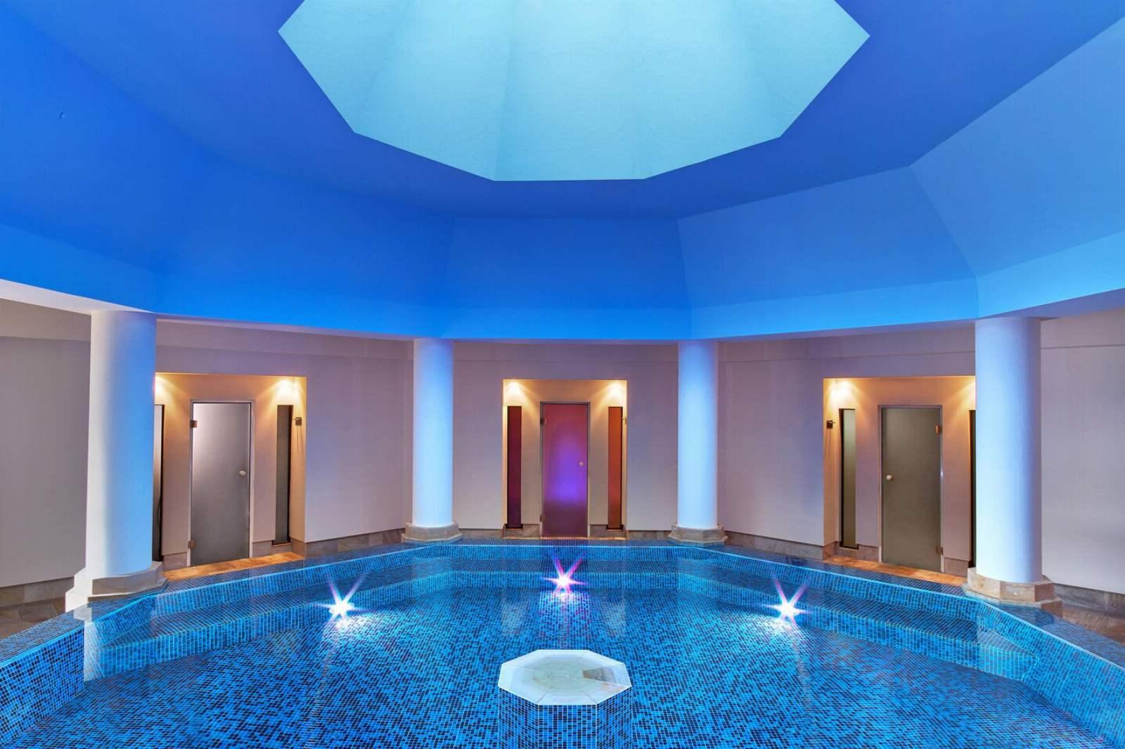 St. Regis Mardavall Resort - Arabella Spa Indoor Pool