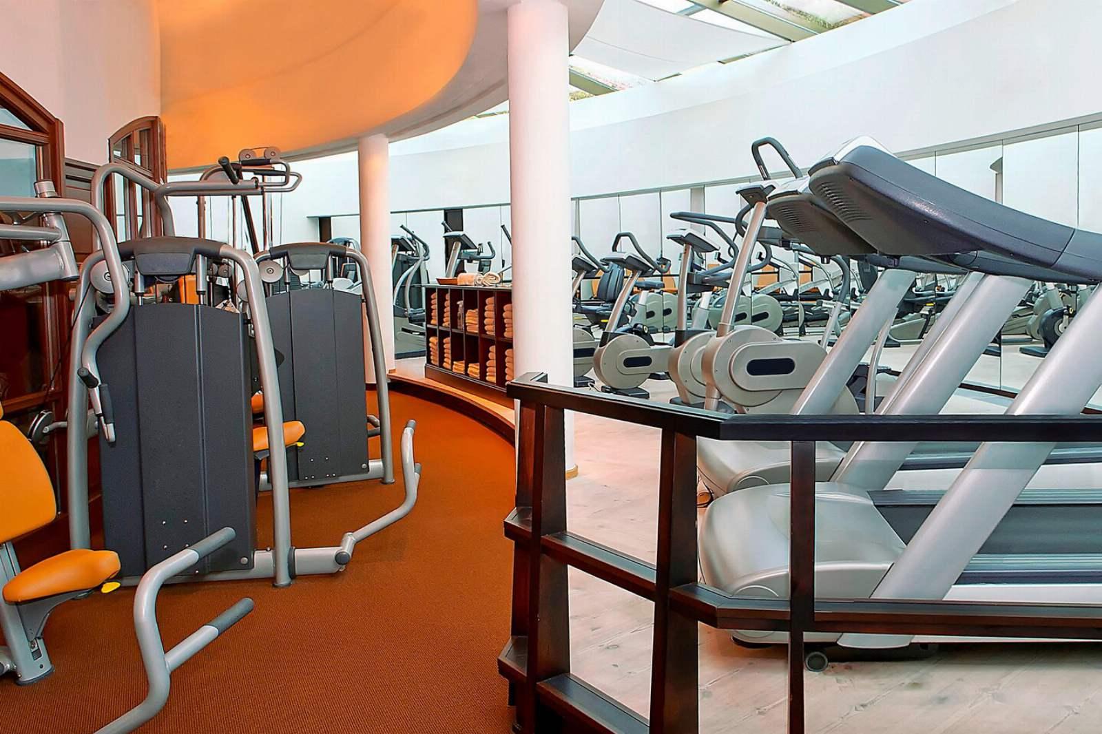 St. Regis Mardavall Resort - Fitness Centre