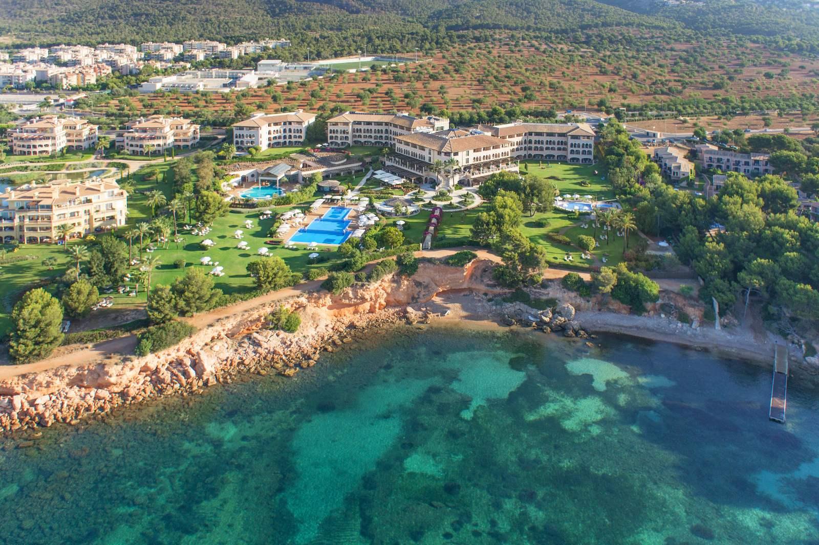 St. Regis Mardavall Resort