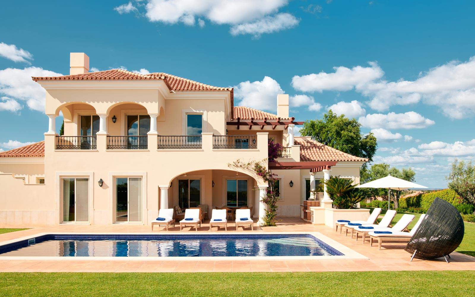 Monte Rei 4 bedroom villa with private pool