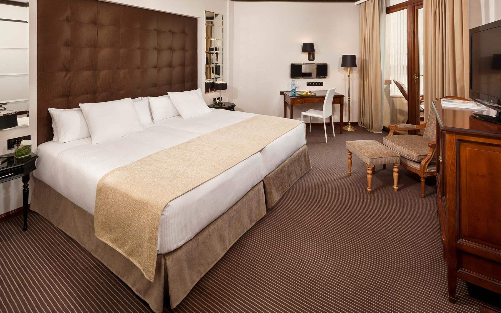 Gran Melia Victoria - deluxe room