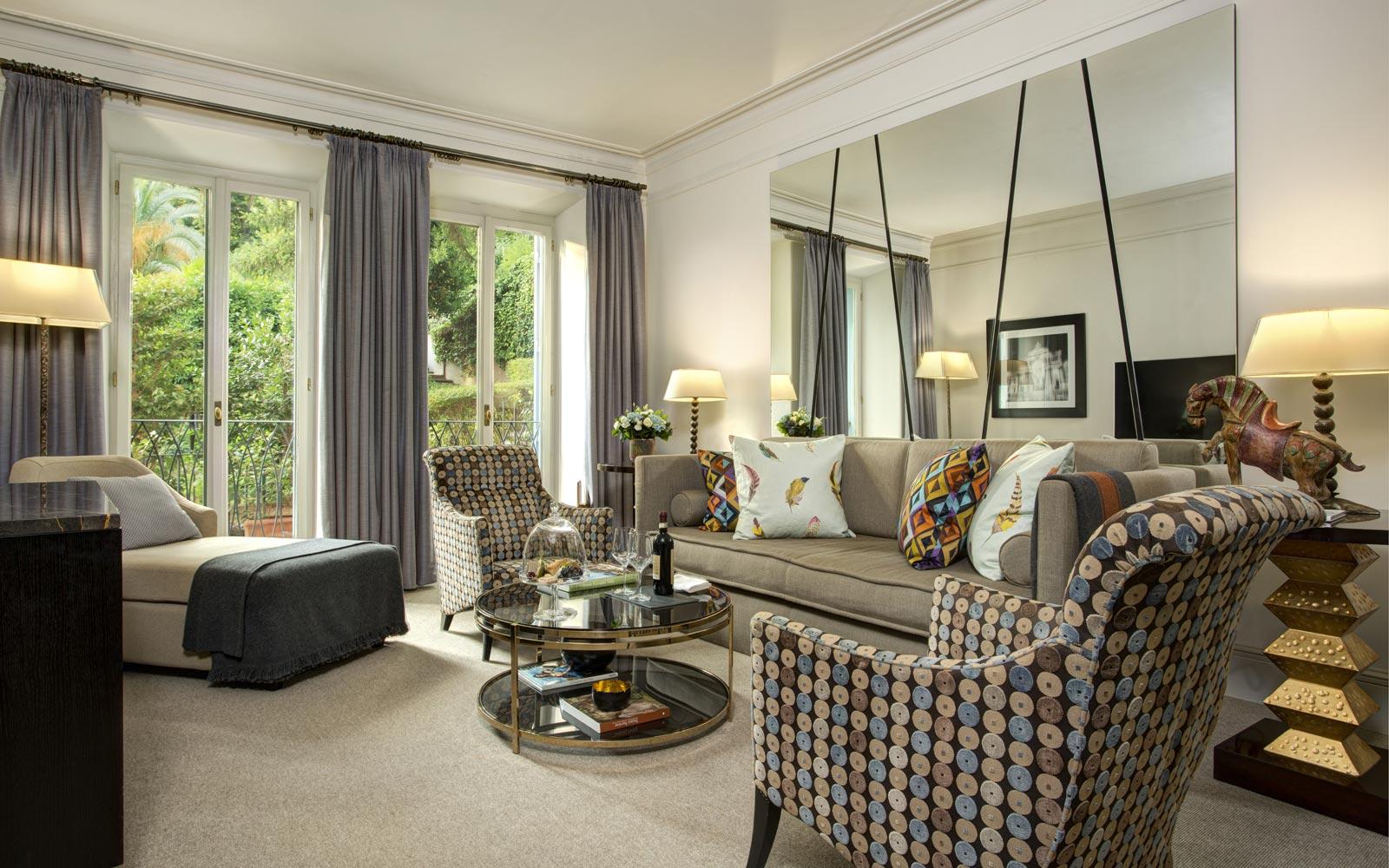 Hotel de Russie Classic Suite Living Room