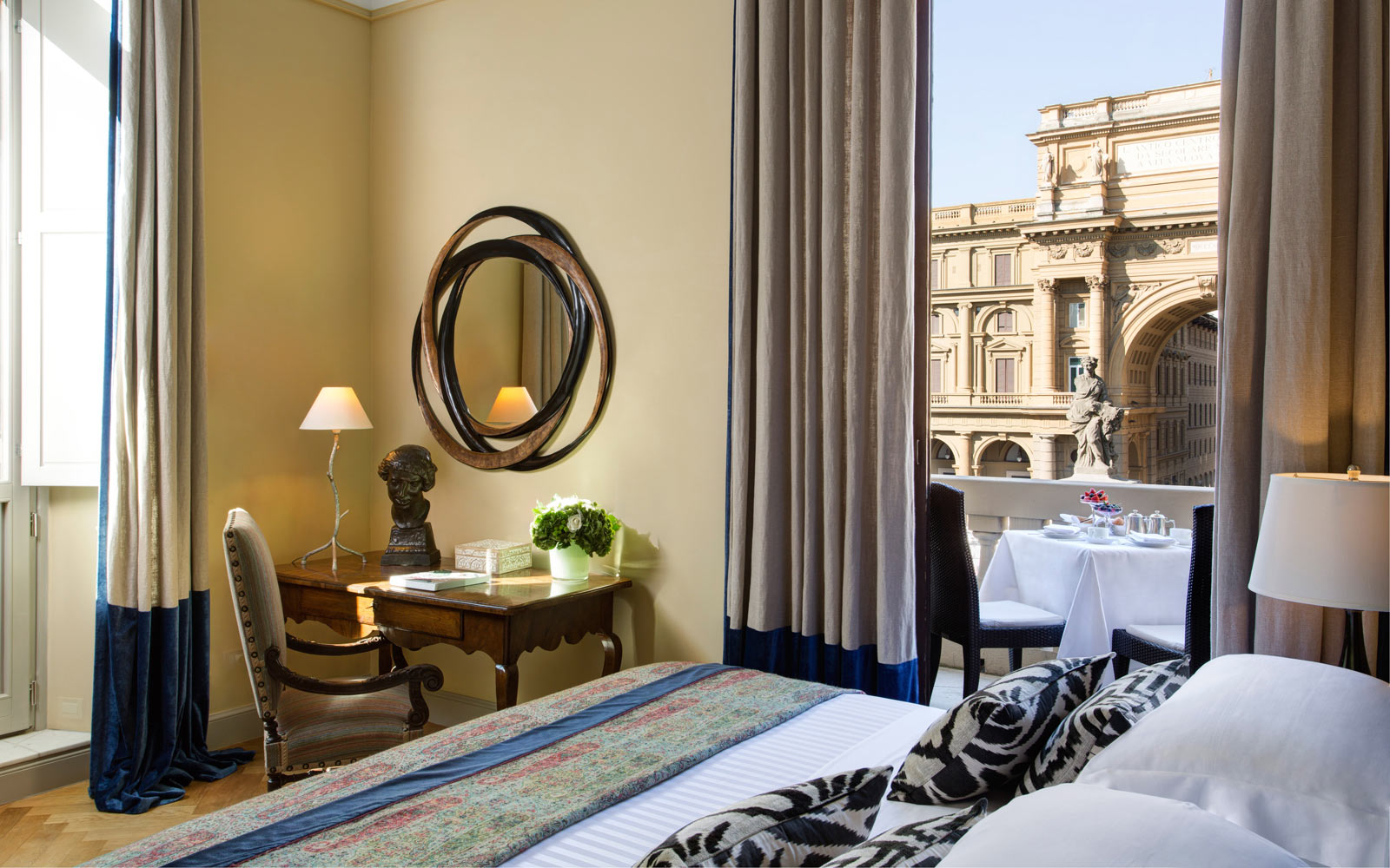 Hotel Savoy  Repubblica Suite with View