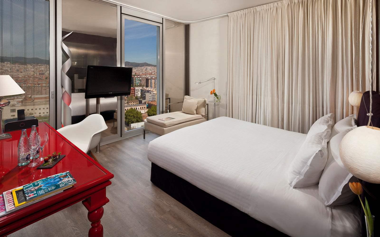 Melia Sky Barcelona - Premium City View