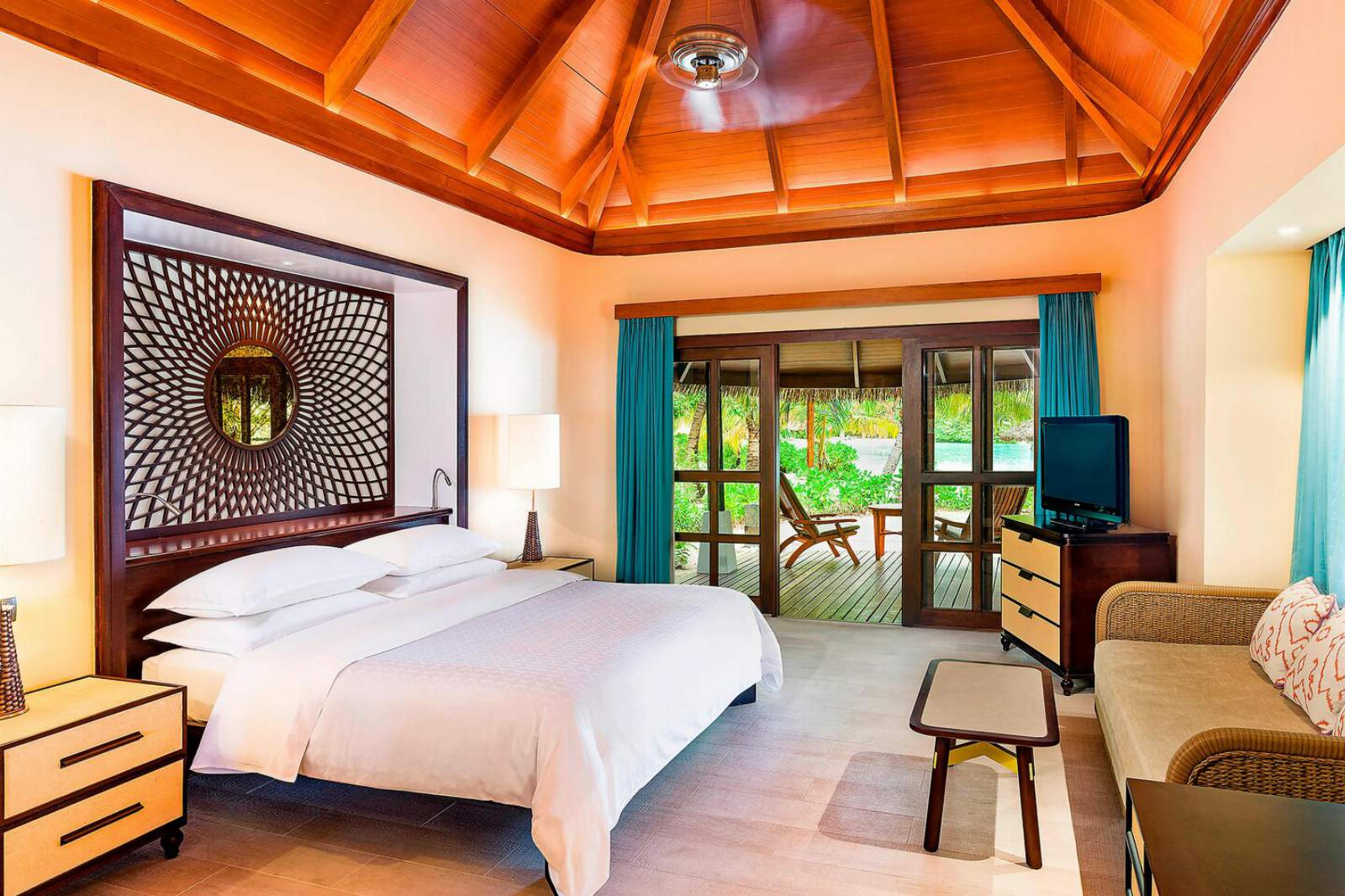 Sheraton Maldives Full Moon Resort & Spa Cottage Garden View
