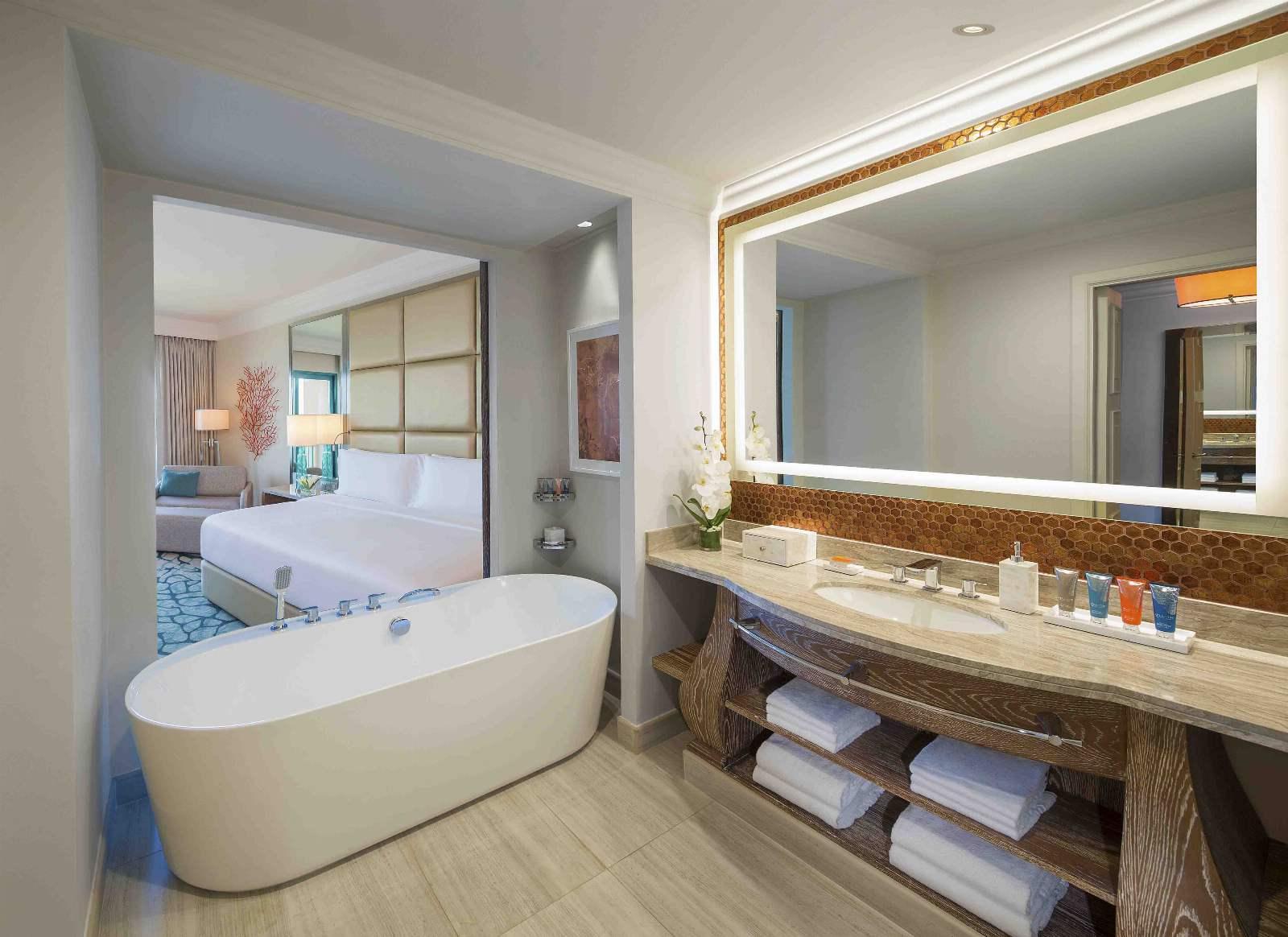 Atlantis, The Palm Ocean Deluxe Bathroom