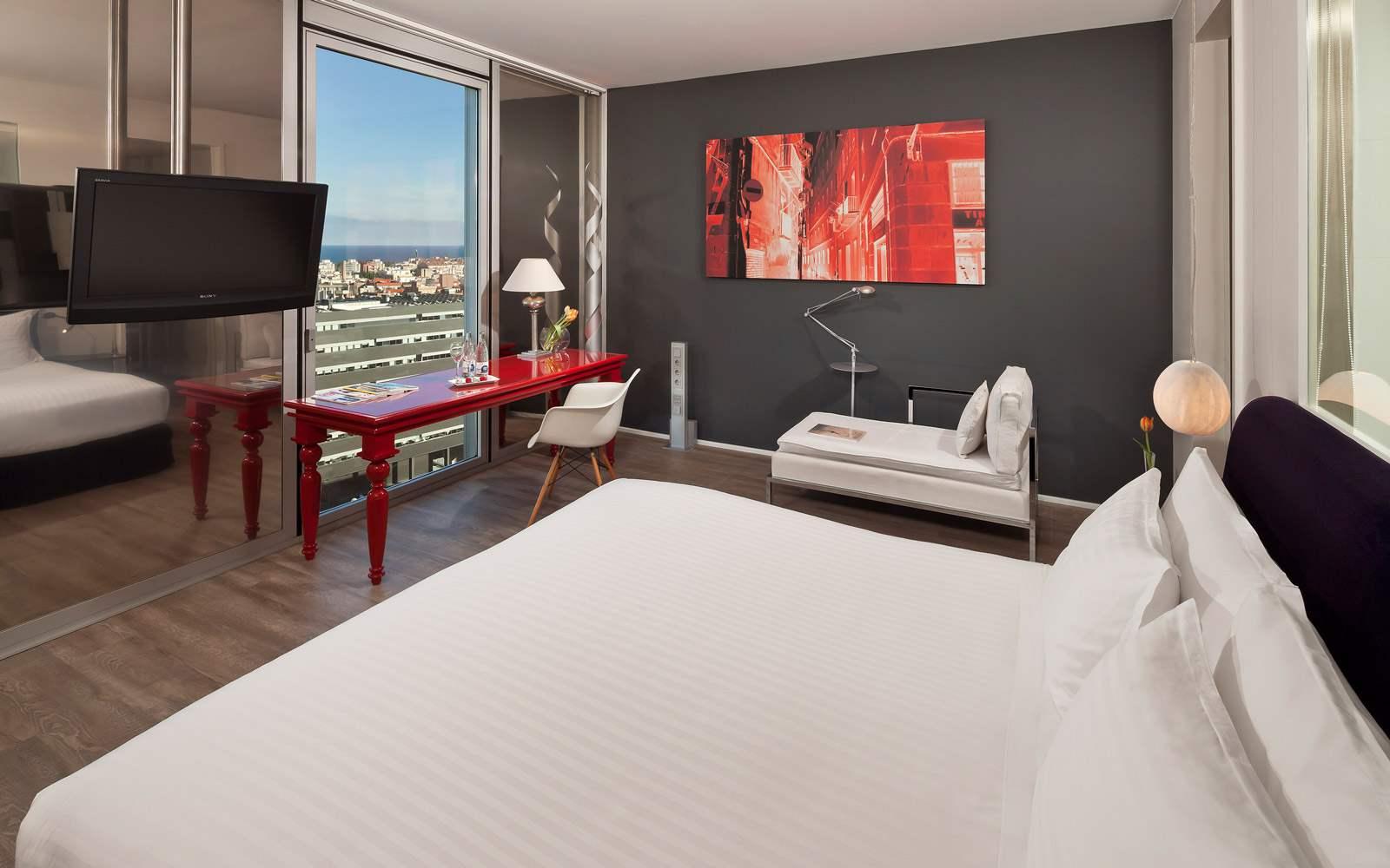 Melia Sky Barcelona - Premium Sea View