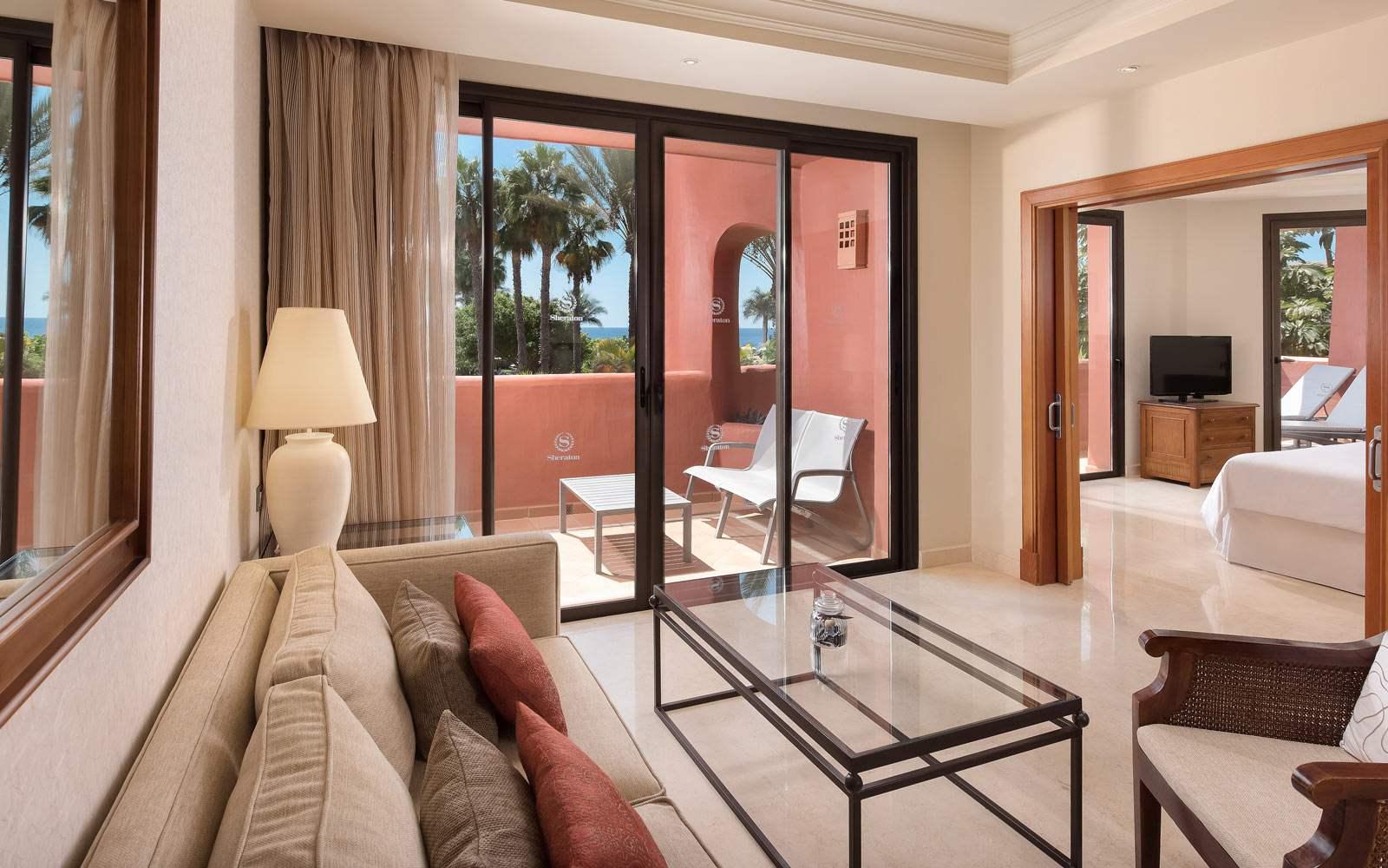 Sheraton La Caleta Resort & Spa - Deluxe Room