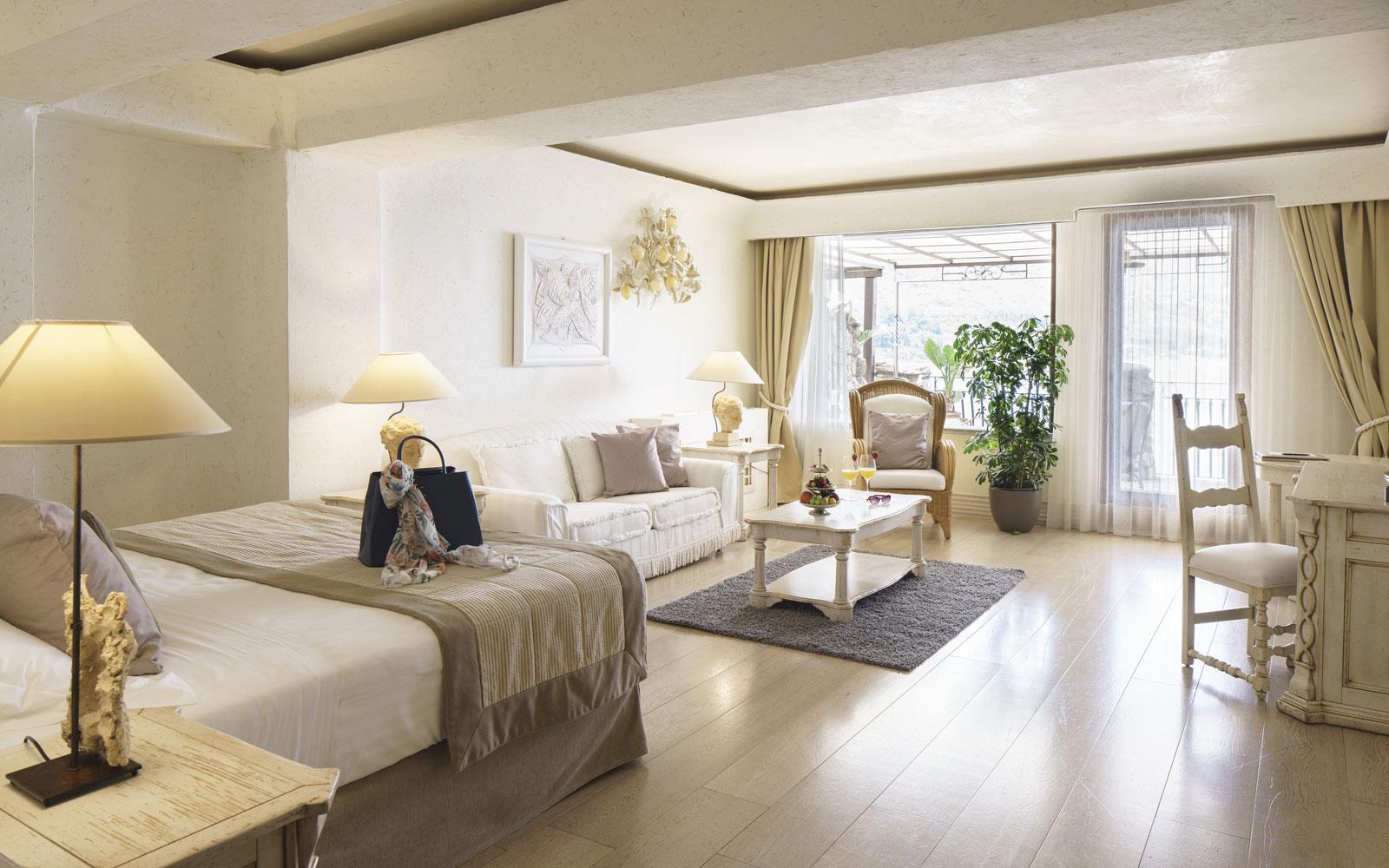 Junior Suite at Grand Hotel Atlantis Bay