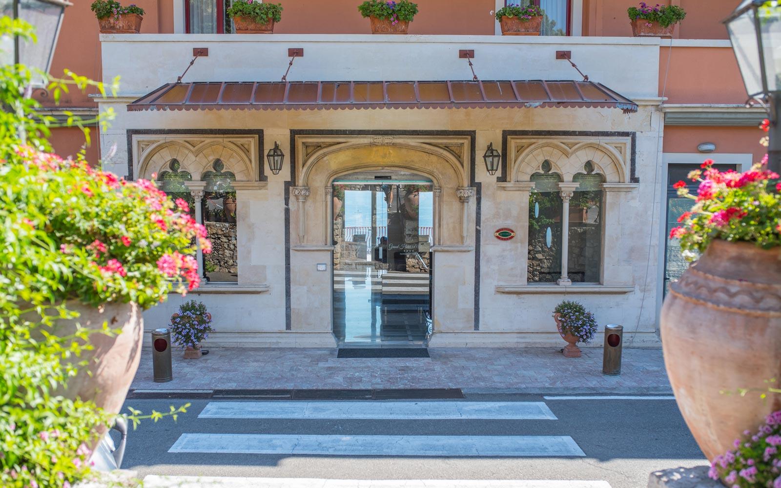 Grand Hotel Miramare Entrance
