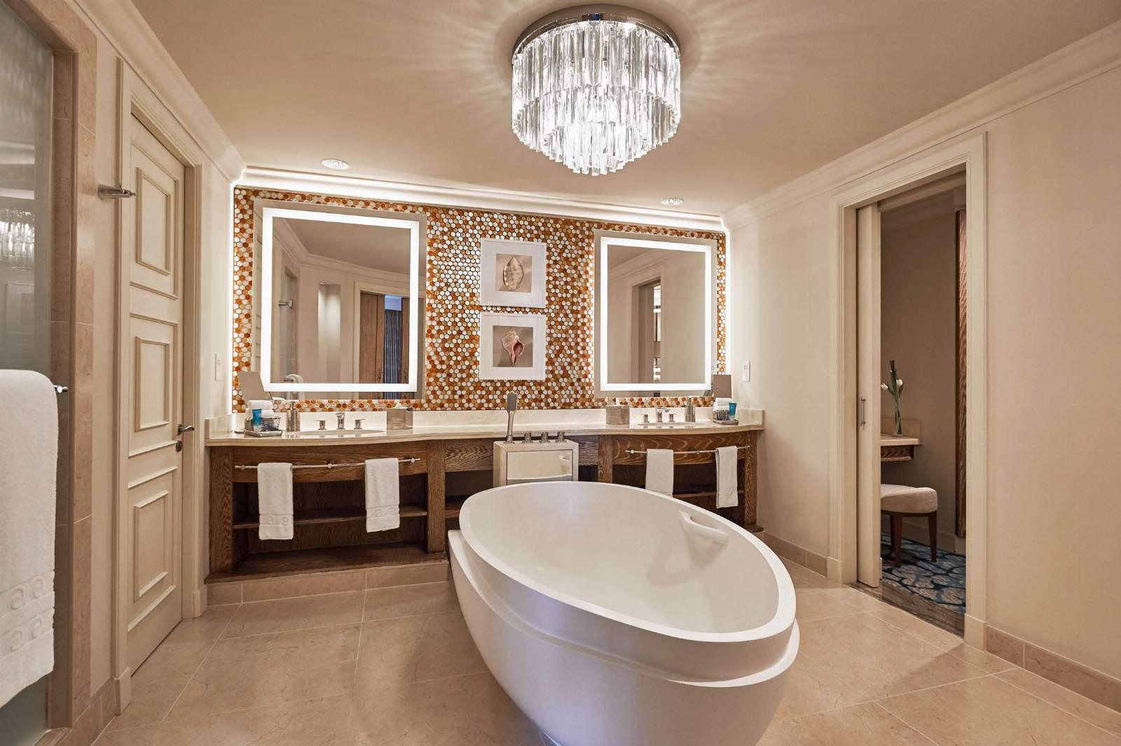 Atlantis, The Palm - Terrace Club Bathroom