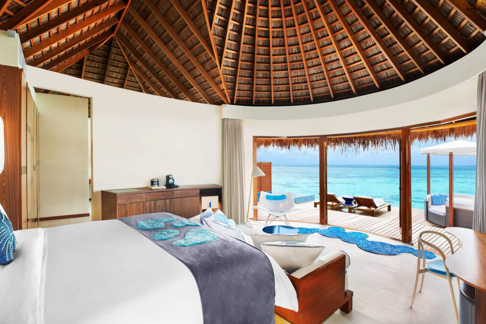 W Maldives - Fabulous Overwater Oasis