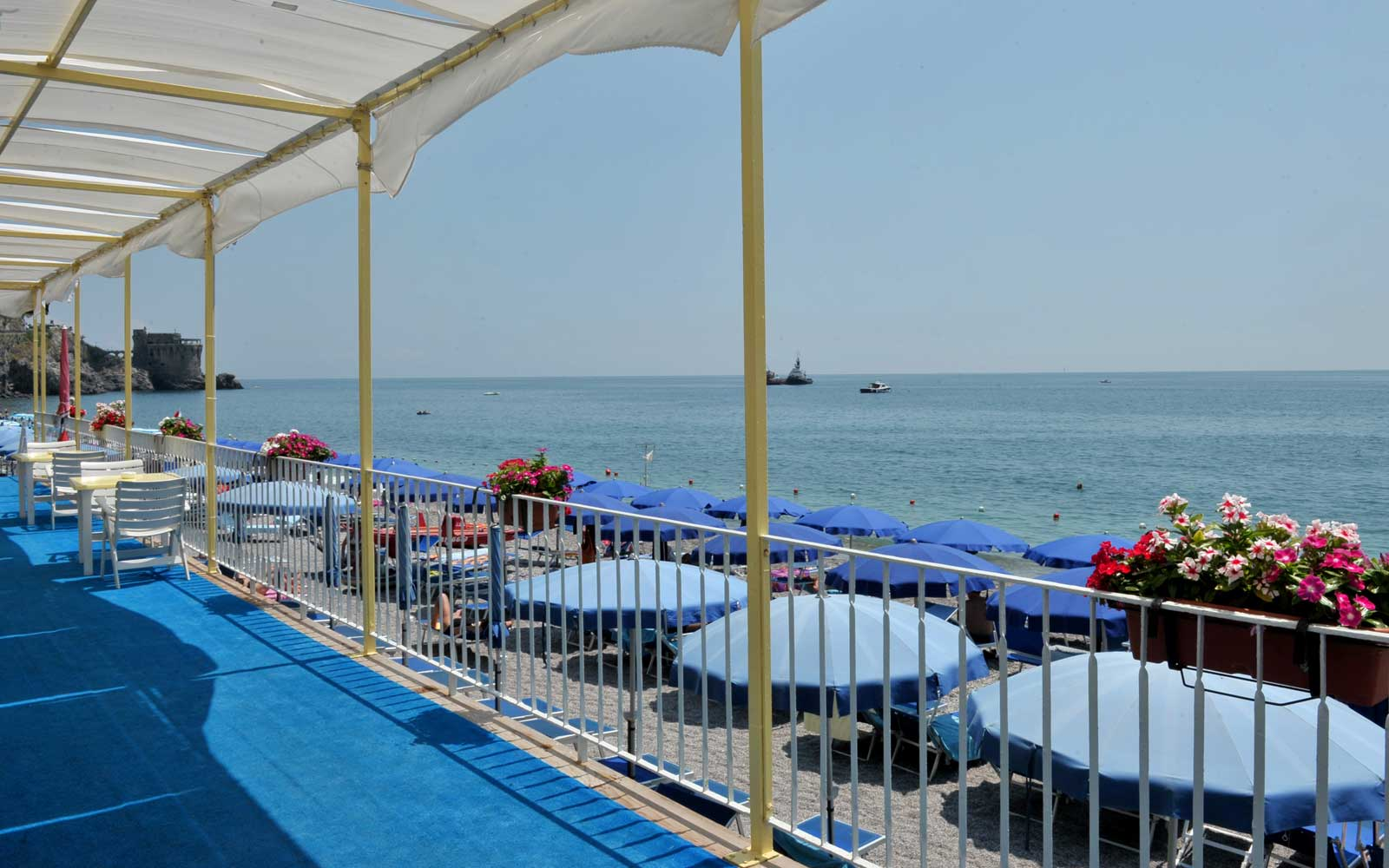Beach Side at Hotel Pietra Di Luna