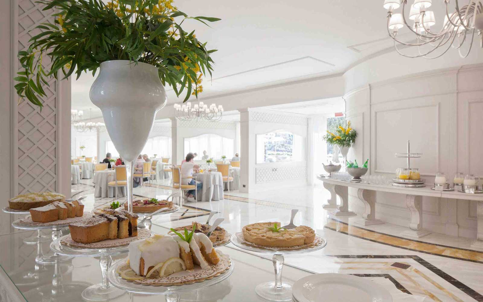 Breakfast at Grand Hotel Mazzaro Sea Palace