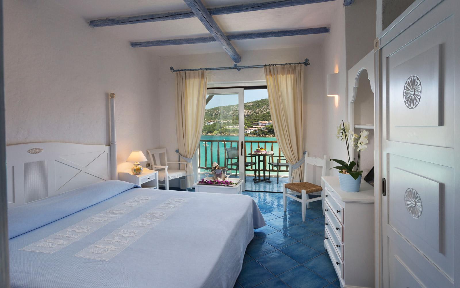 Sea View Room - Club Hotel