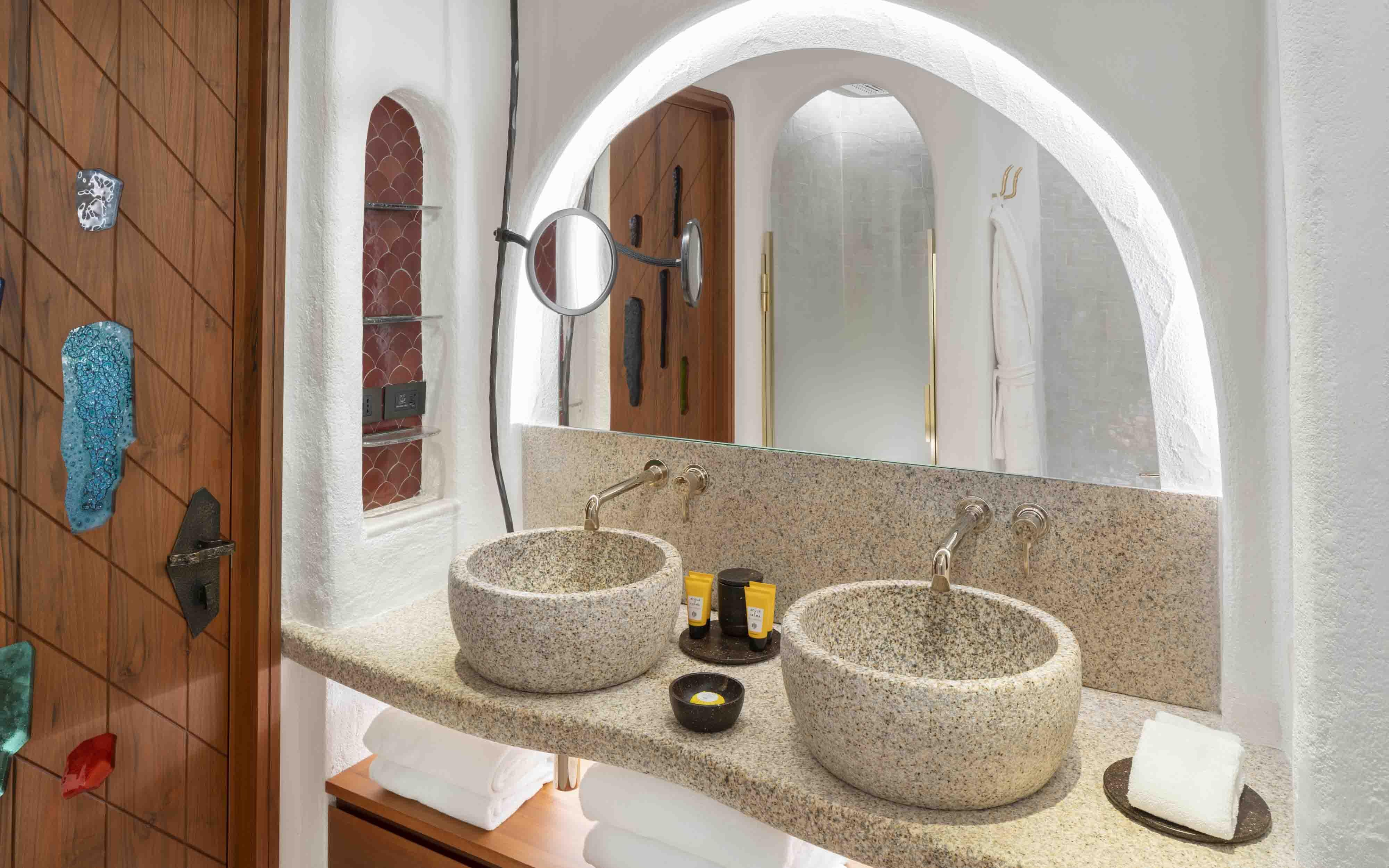 Hotel Cala Di Volpe  Classic Room Bathroom