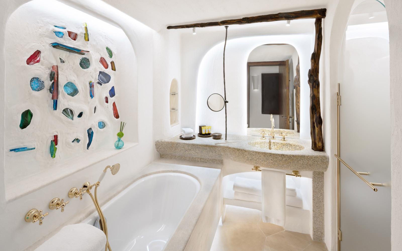 Hotel Cala Di Volpe  Premium Guest Bathroom