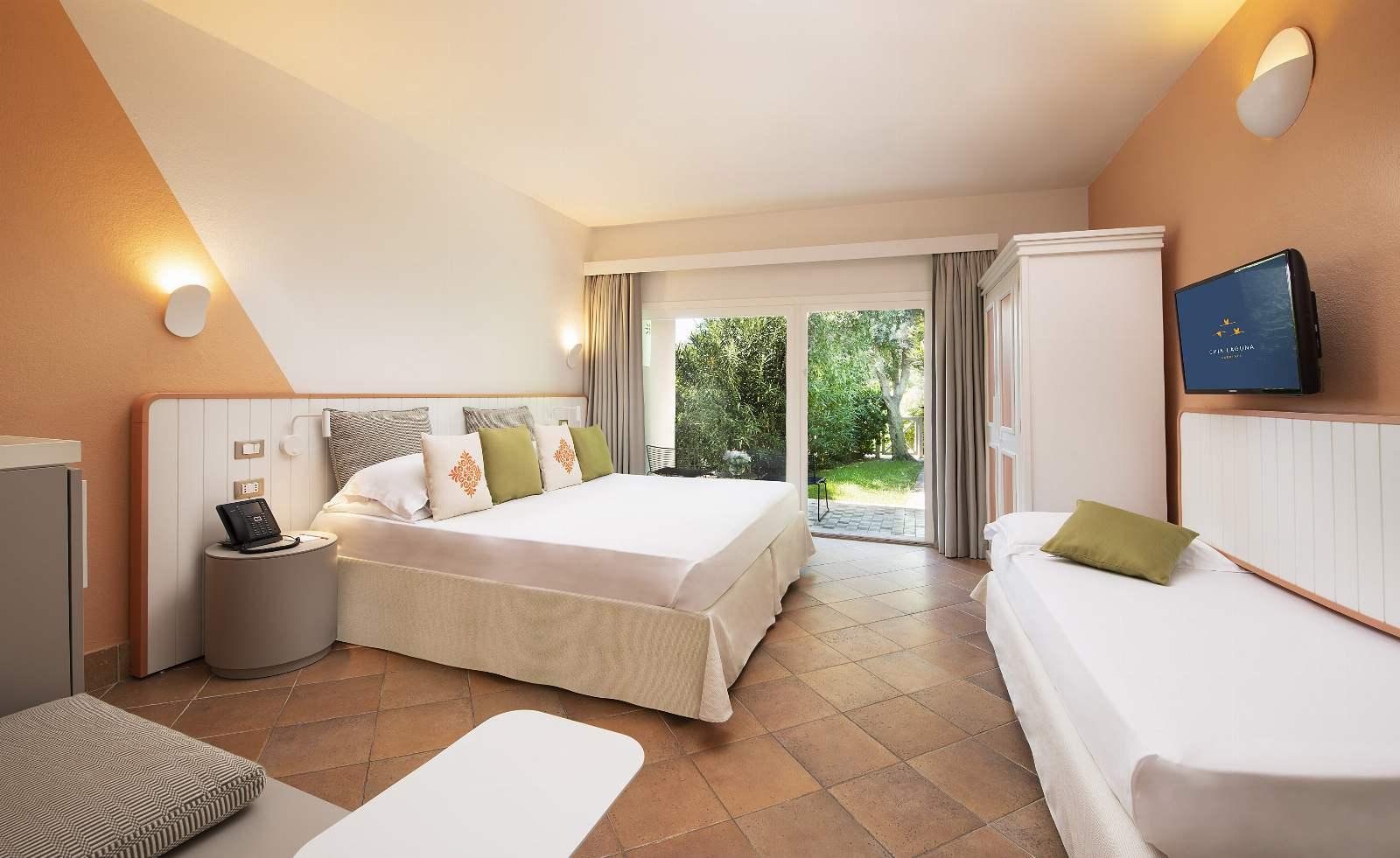 Chia Laguna: Hotel Village - Pool Triple Cottage
