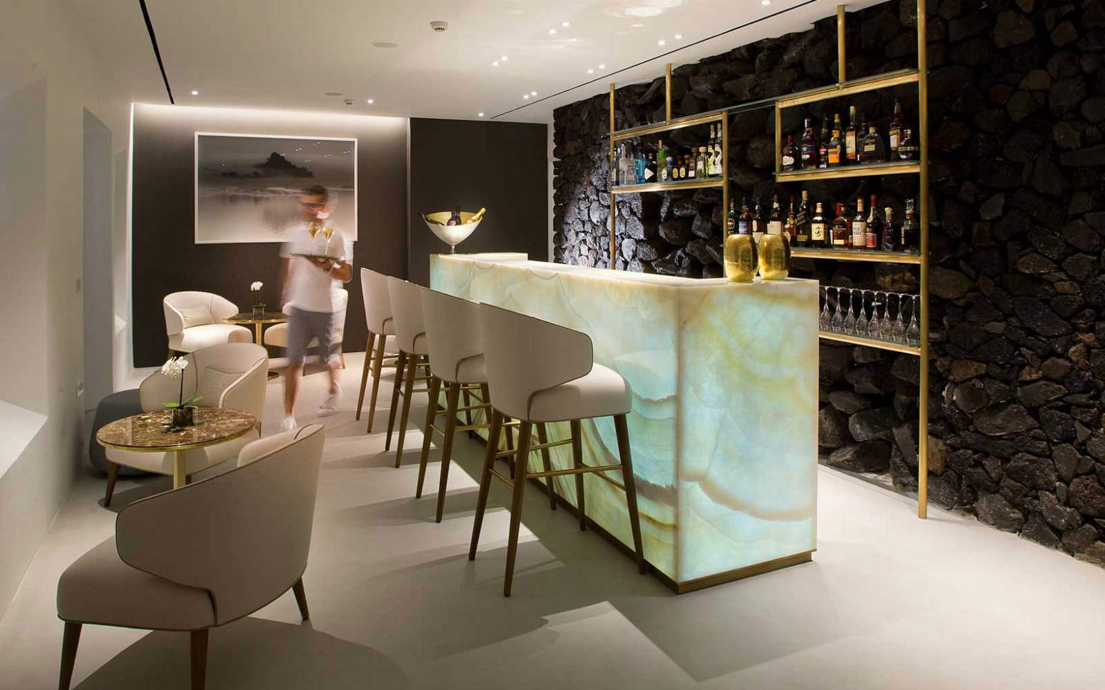 Champagne Bar, Grace Hotel