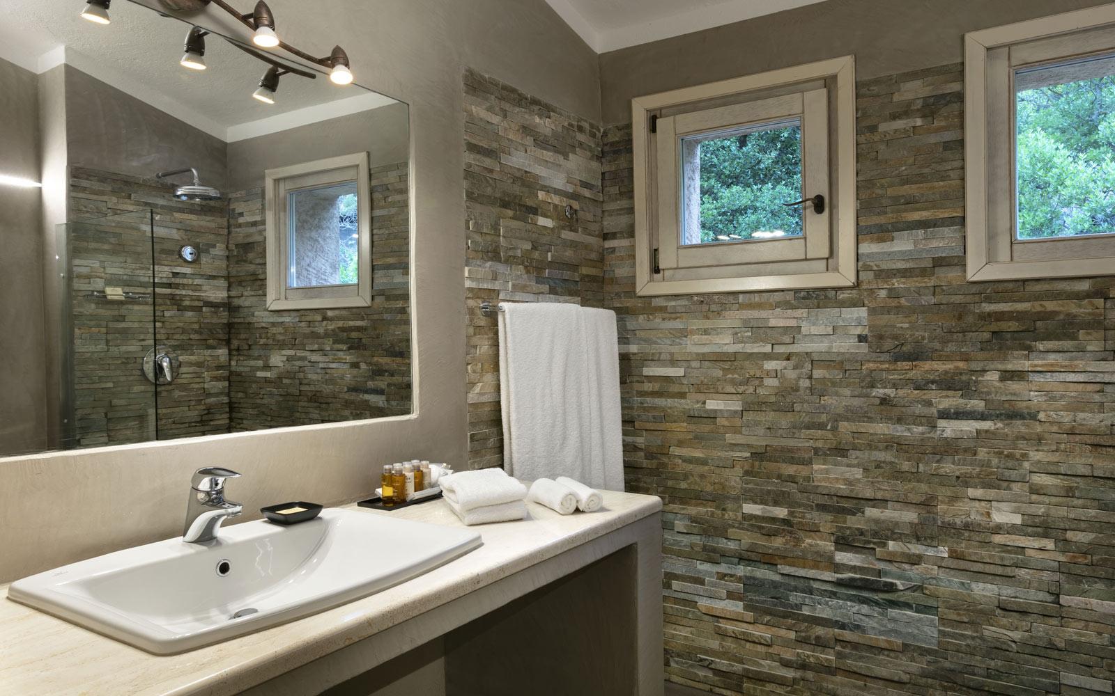 Petra Segreta Resort & Spa Deluxe Double Bathroom