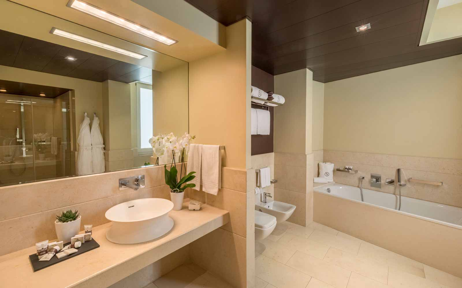 Executive Bathroom at Risorgimento Resort