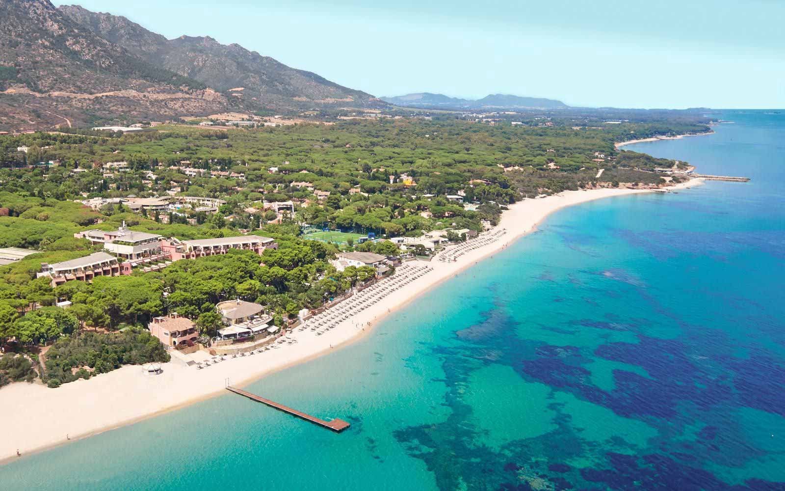 Family resort by the beach - Forte Village Resort