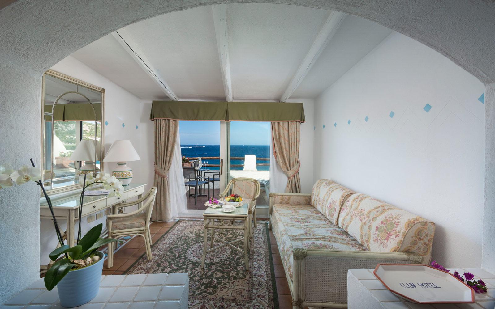 Junior Suite Balcony - Club Hotel