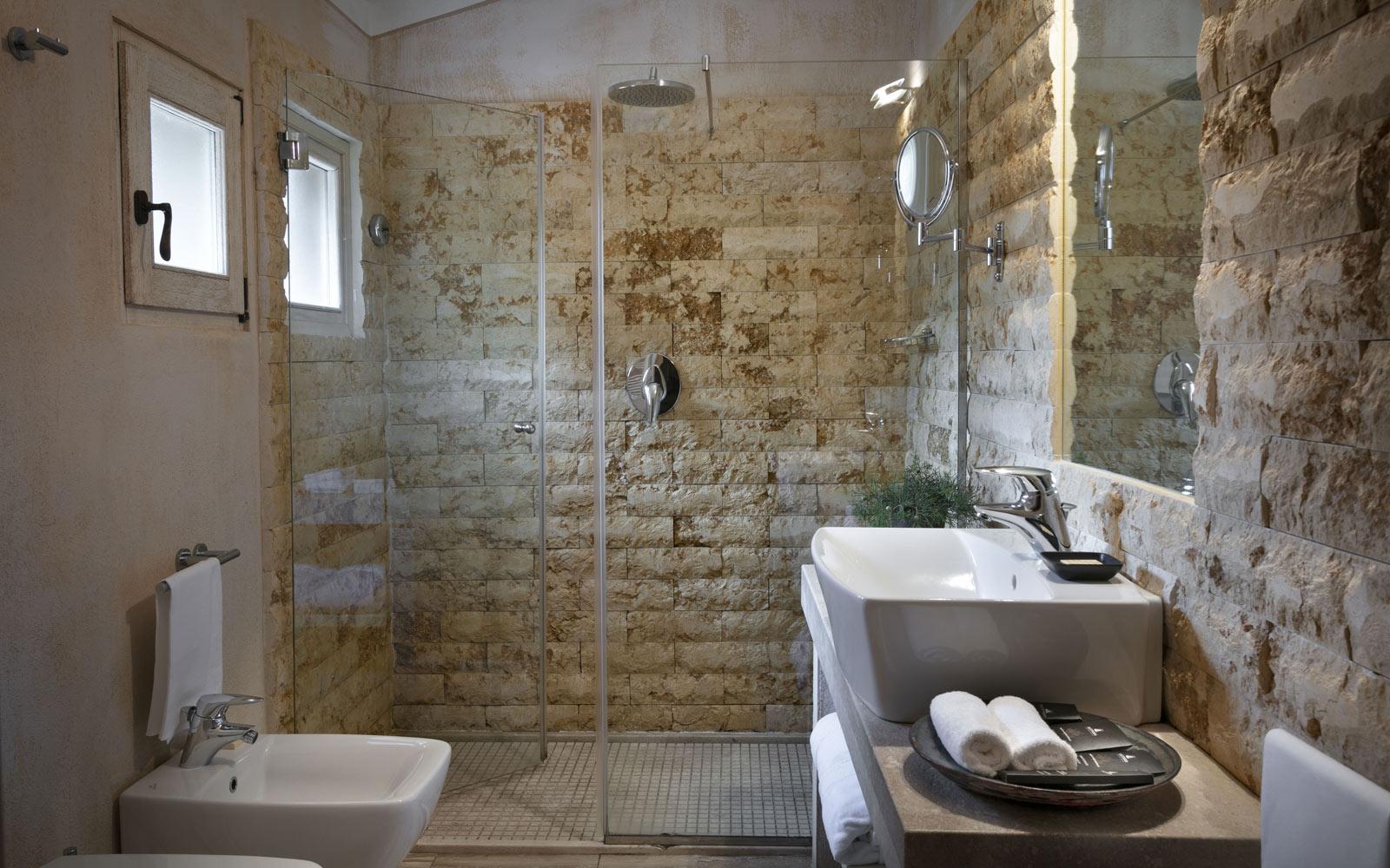 Petra Segreta Resort & Spa Junior Suite Bathroom