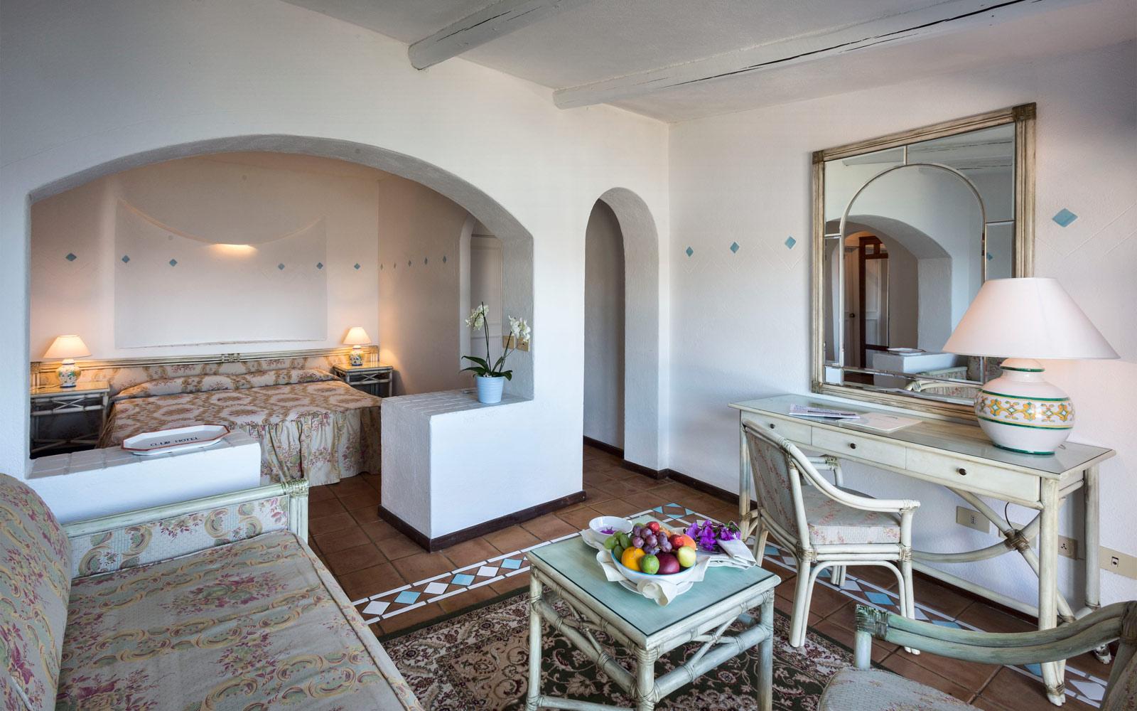 Junior Suite Living Room - Club Hotel