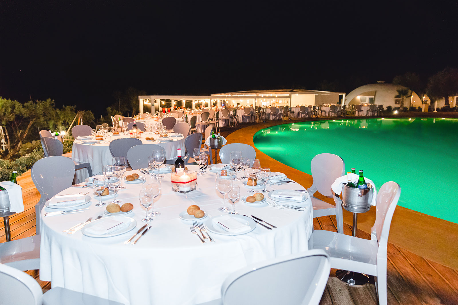 Poolside Dining at Torre Cintola