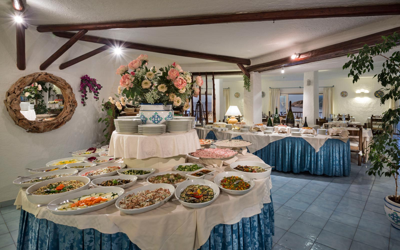 Bouganville Restaurant - Club Hotel