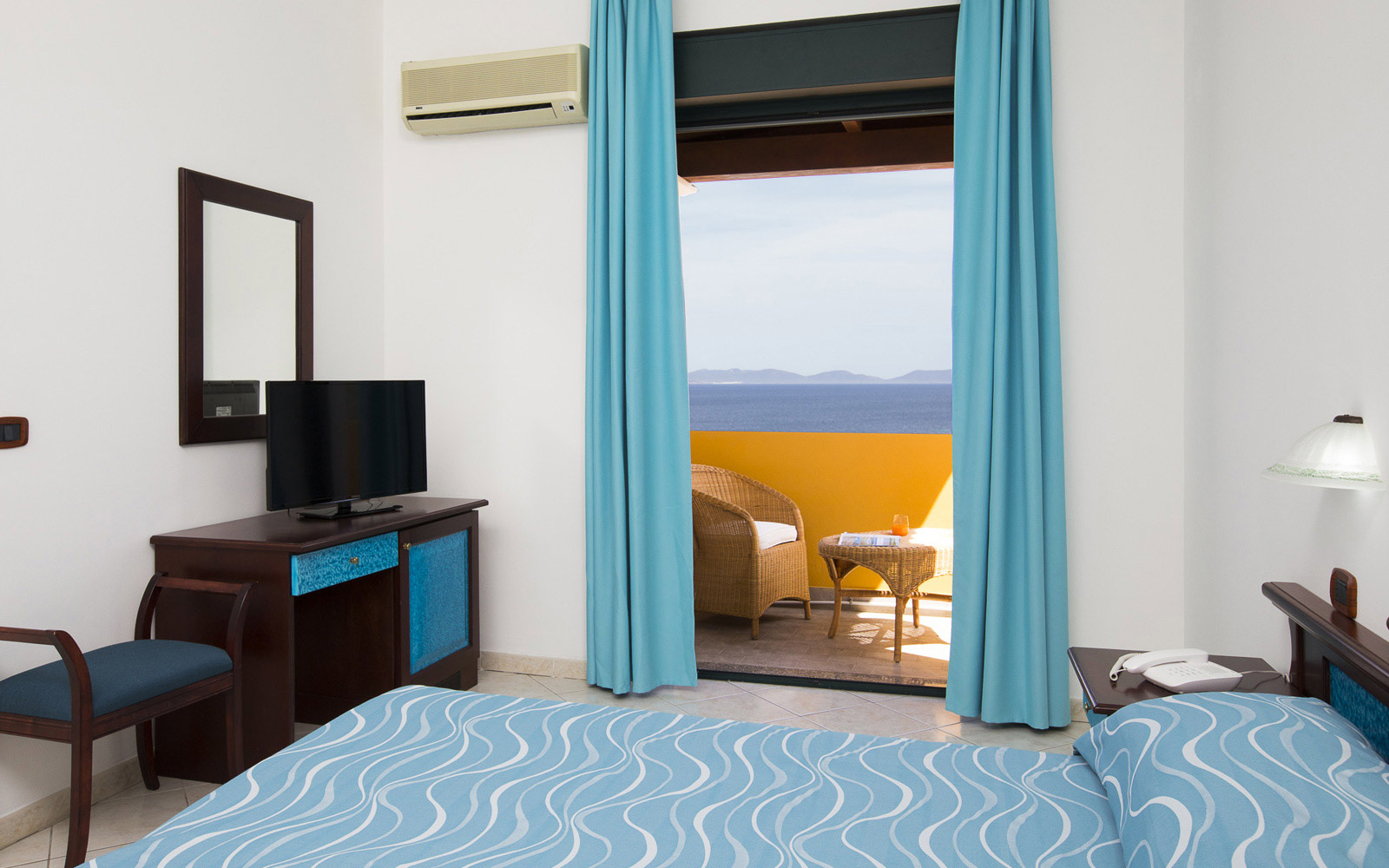 Standard Room with Sea View at Lu Hotel Maladroxia